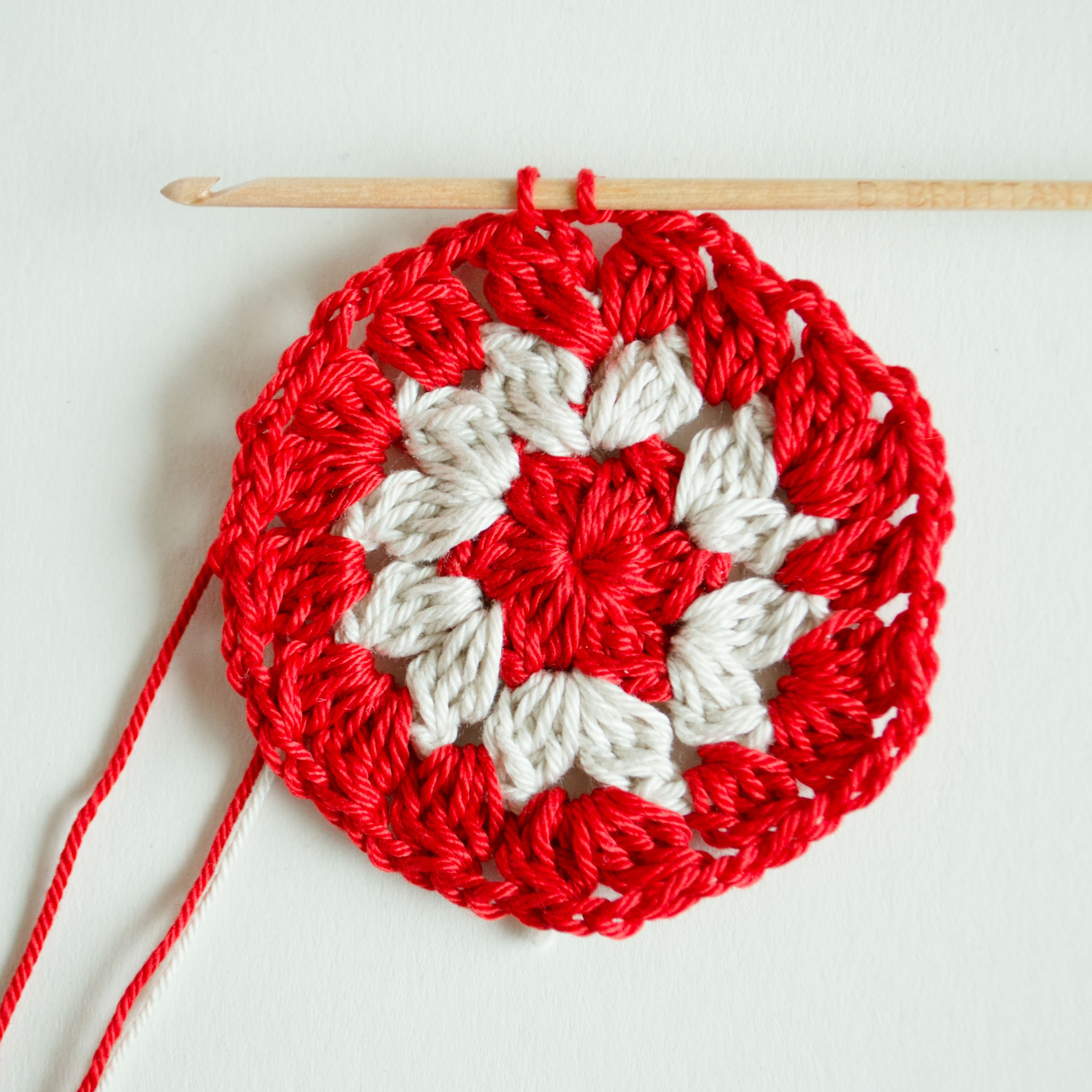 Free crochet pattern crochet coaster croby patterns free crochet pattern crochet coaster bankloansurffo Choice Image