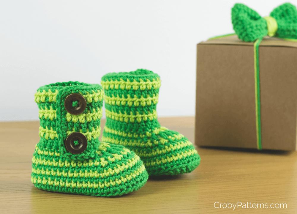 FREE PATTERN: Crochet Baby Booties Green Zebra – Croby Patterns