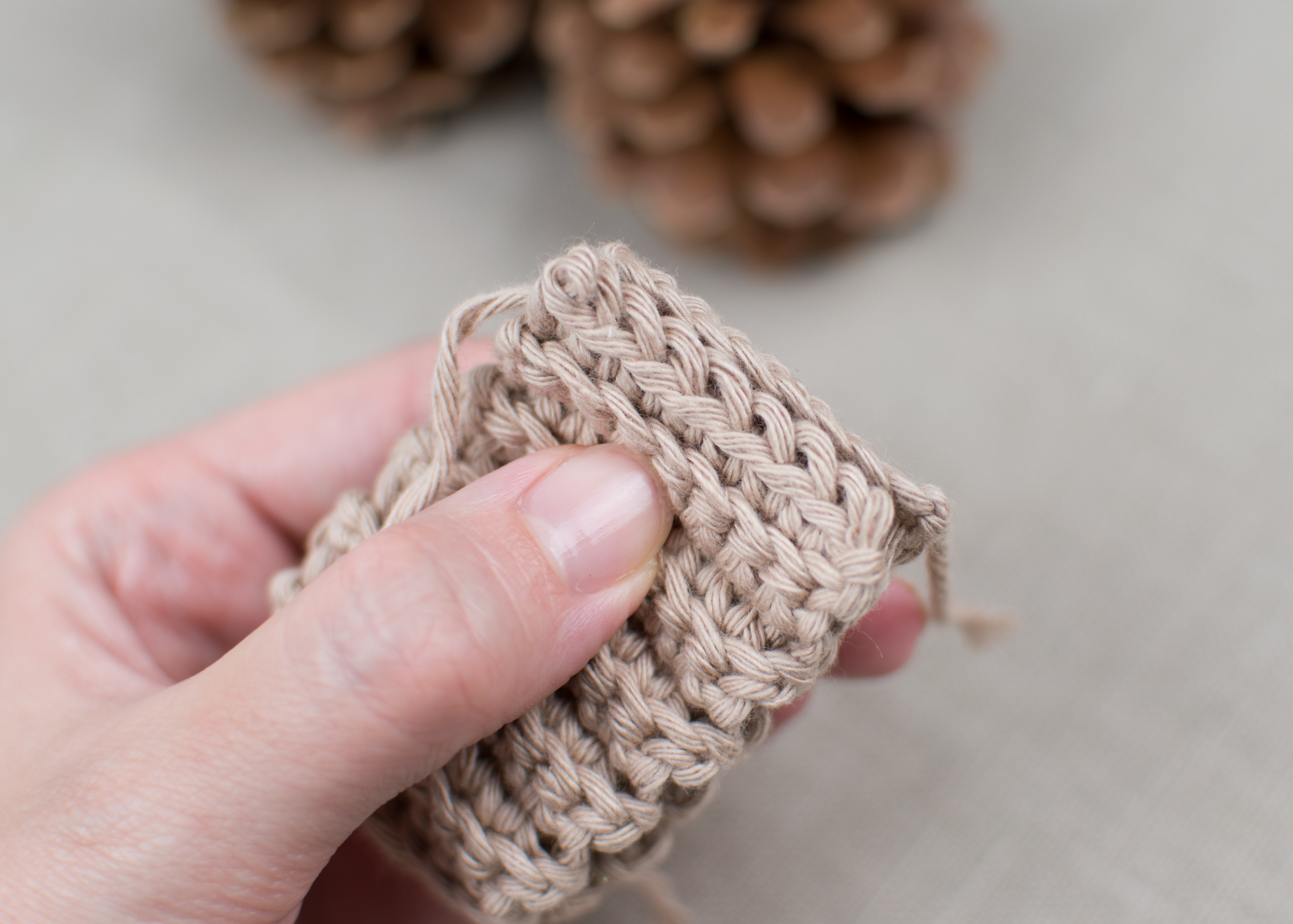 FREE PATTERN: How To Crochet Baby Mittens – Croby Patterns