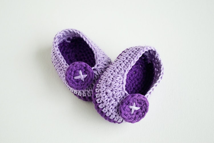 Violet Butterfly Free Crochet Baby Booties Croby Patterns